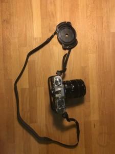 держатель для крышки объектива на ремне от fujifilm