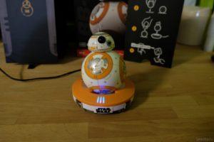 BB-8 на зарядке